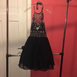 Black dressfor turnabout, homecoming, prom
